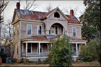 Old Abandoned Southern Home