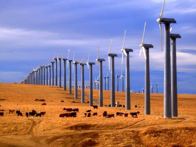 Wind Power by lpp526 - 200 Windmills Photo Contest