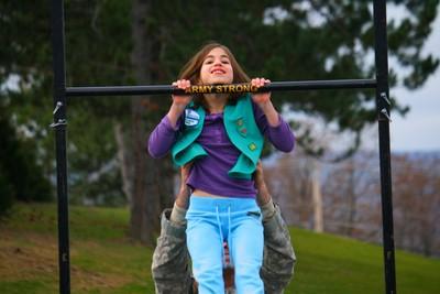 girl scout pullups at Cortaga 2009