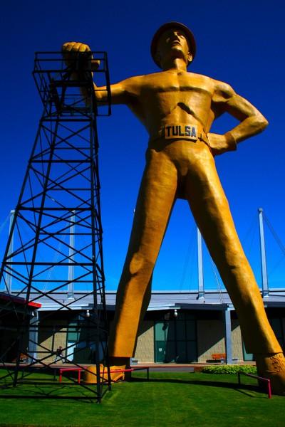 IMG_104_1 The Golden Driller