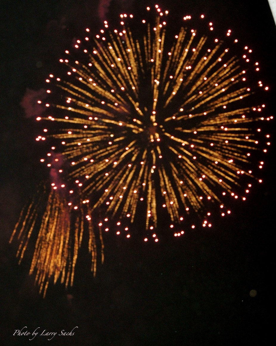 This is one of my few surviving July 4th 2011 photos as the SD card I used  in my camera malfunct...