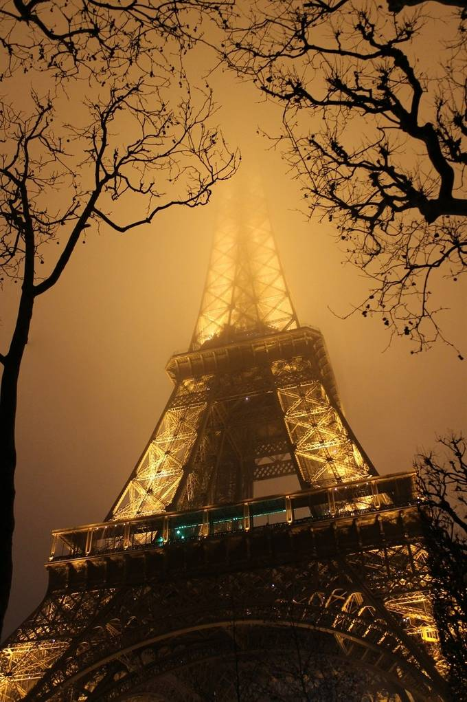 EiffelTower in the Fog