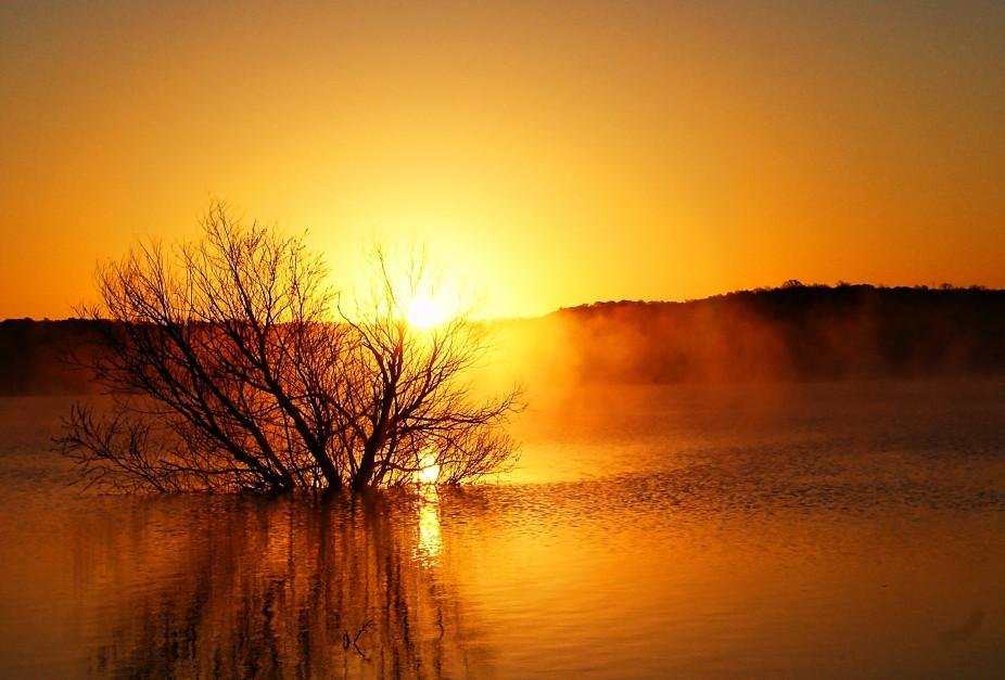 Sunrise on Lake Whitney ,Texas