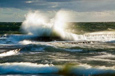 The sea & the wind