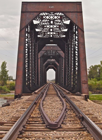 Snake River railroad trestle