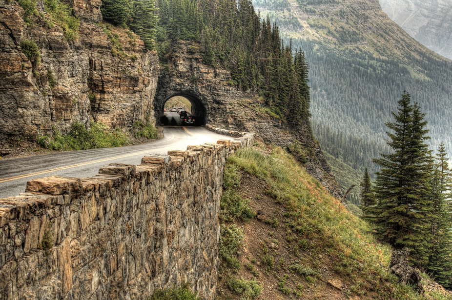 I mountain pass in Glacier National Park, Montana