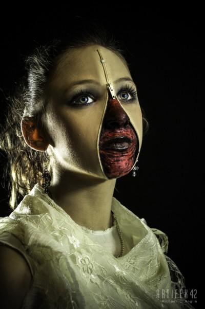 Zipper Face Girl