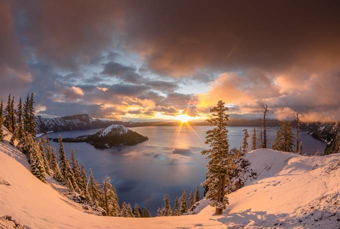 Sunrise at Discovery Point by northcoastgreg - Spectacular Lakes Photo Contest