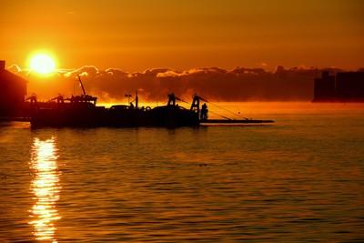 Morning ferry, Dartmouth