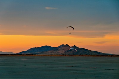 Gliding Over The Flats