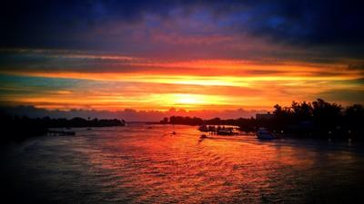 Sunrise_at_Jupiter_Inlet