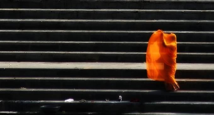 Women in orange Sary