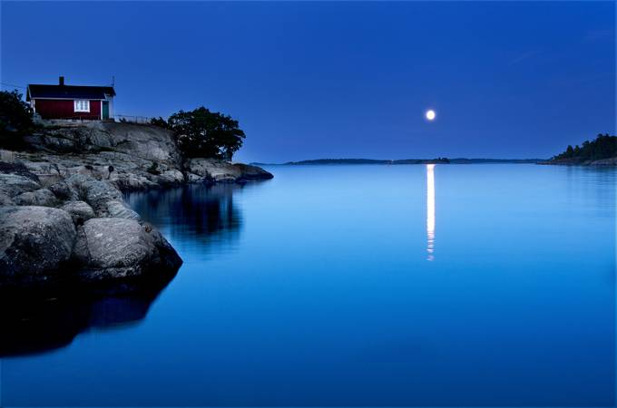 Moon-over-DSavo by mikaelsundberg - Moonlight Photo Contest