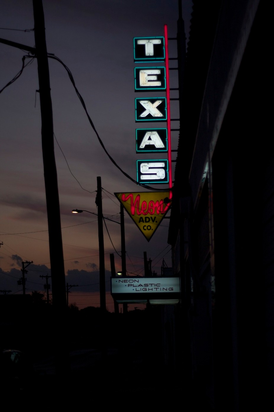 Texas neon by Kink - Billboards And Other Signs Photo Contest
