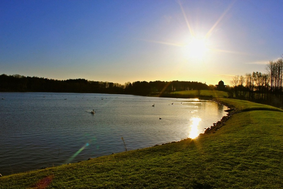Hardwick Park Lake on a sunset night in spring.