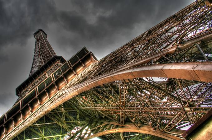 Iron Lady by gabrielnouar - Clever Angles Photo Contest
