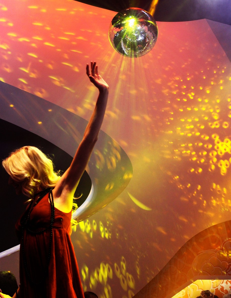 Disco dance, light up the room