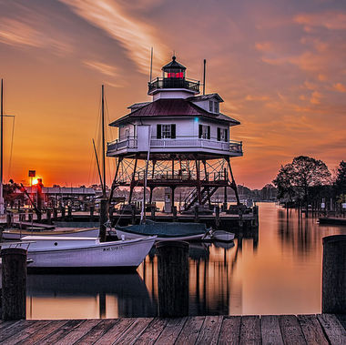 Sunrise Drum Point lighthouse - Calvert Maritime Museum