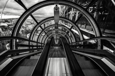 Pompidou B&W