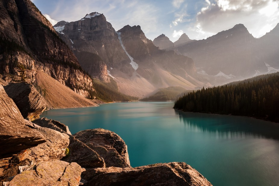 This is the beautiful Moraine Lake in Banff, Canada. I really love the colour of the lake. Even t...