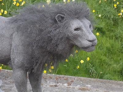 Chicken wire Lion sculpture