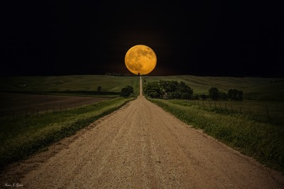 Road to Nowhere - Supermoon