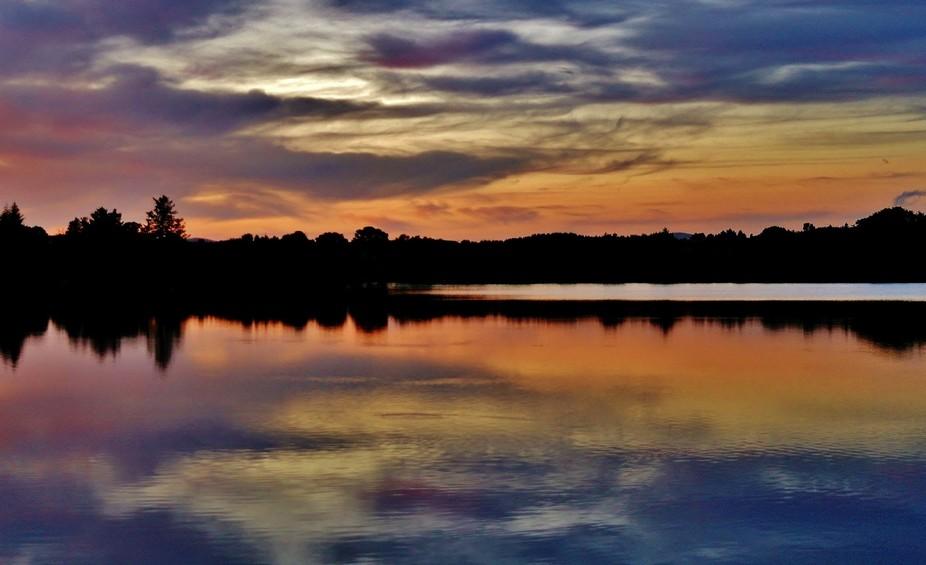 COLOURFUL SUNSET AT LOUGHMACRORY LAKE