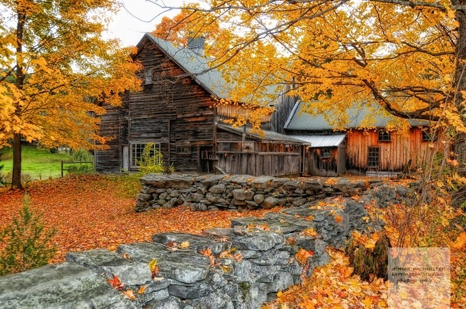 autumn barn by aimeemcmasterphotography - Fall 2016 Photo Contest
