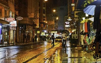 Rainy Night in Istanbul