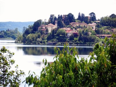 Calm on the lake.