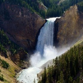 Yellowstone Grand Canyon Waterfall