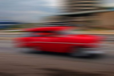 street gliding in Cuba