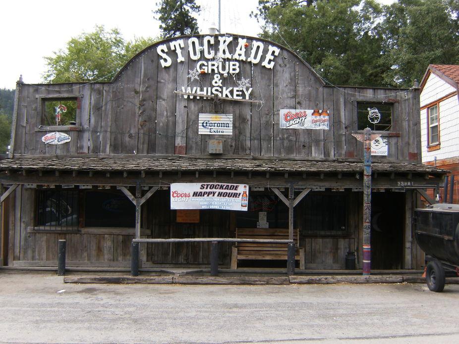 stockade 1800 bar   by erin w hunsinger