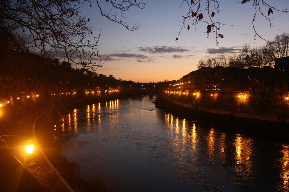 This was taken in the Trastevere area of Rome along the Tevere. A very laid back and picturesque ...