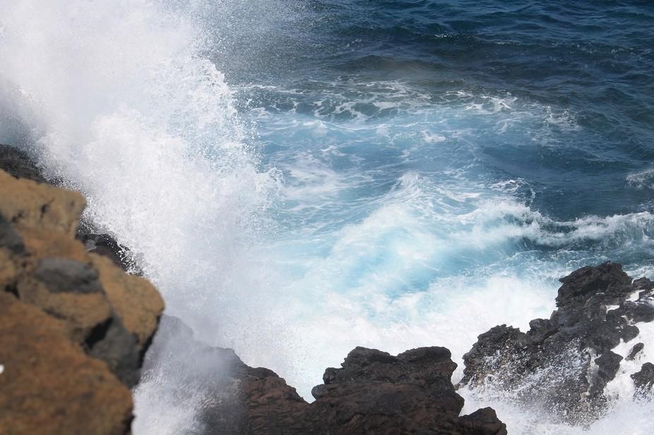 Crashing waves in Hawaii