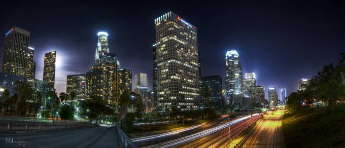 LA women by bryanhudson - City In The Night Photo Contest