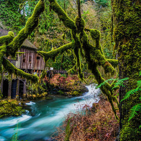 Cedar Creek Grist Mill. the very first Grist mill for the Oregon/ Washington states back in the 1800s