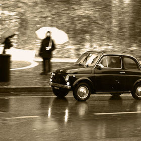 A beautiful 1960s Fiat Cinquecento in Rome.