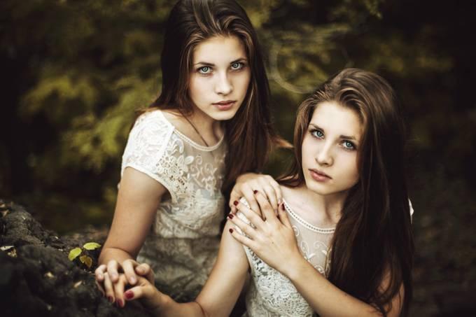 sisters by YuliaEmtsova