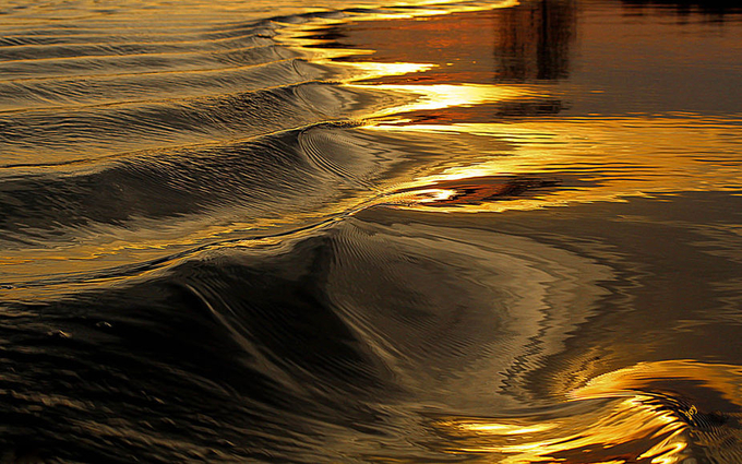 Sun Kissed by gabajo - Light On Water Photo Contest