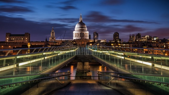 St.Pauls Dome by GTorre_PH