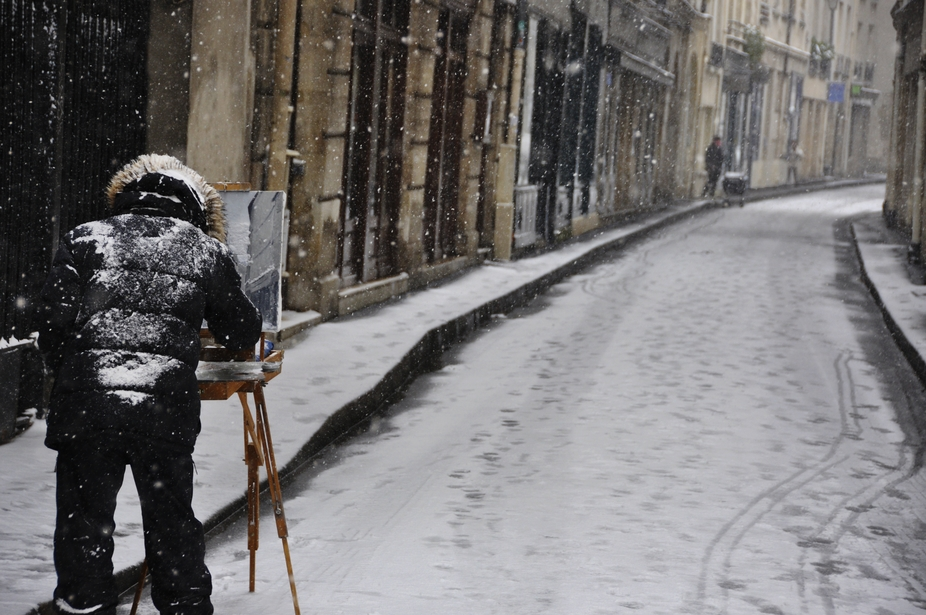 The Classic Parisian: Snowy Day Work