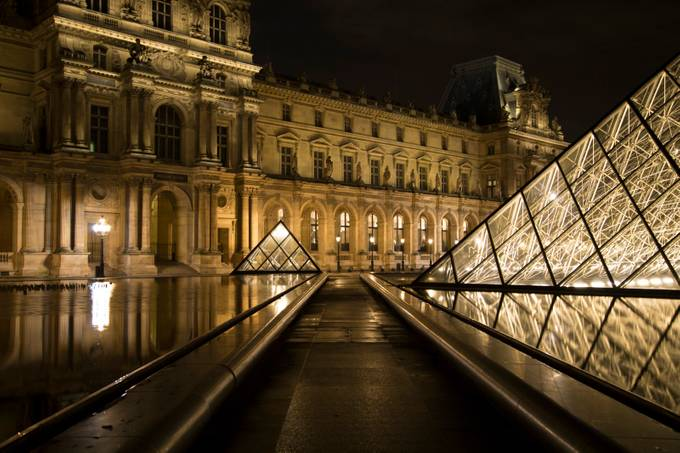Lourve Path by ChaninGreenPhotography - Classical Architecture Photo Contest
