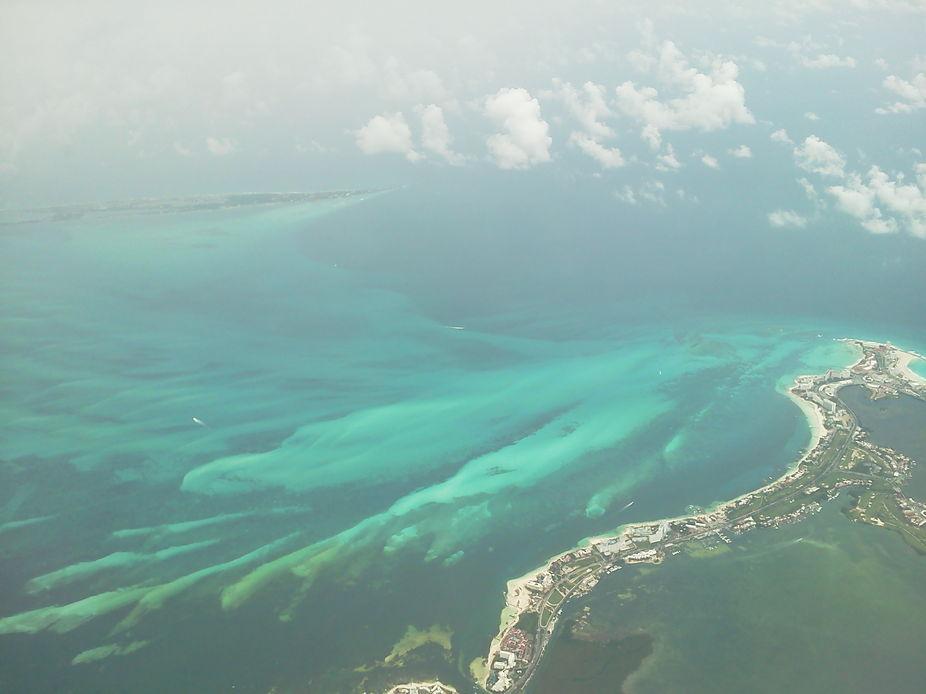 Coast of Mexico meets the Caribbean Sea