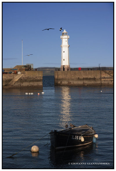 St.Rognvald The LH5 & The Lighthouse