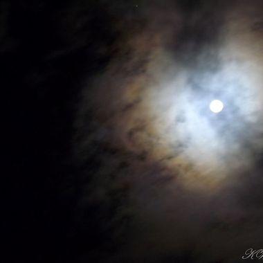 3am moon bow