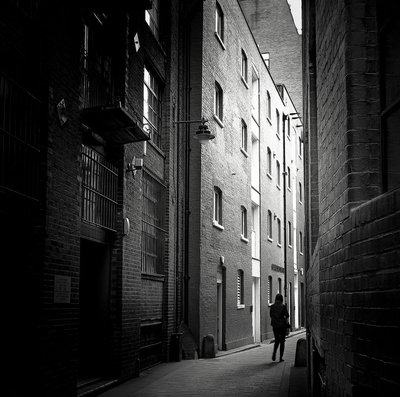 Clink Street, Lonodn.