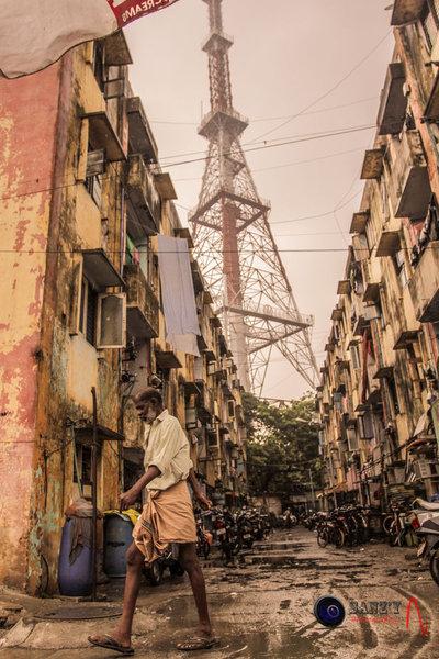 Effiel tower found in a Slum.!
