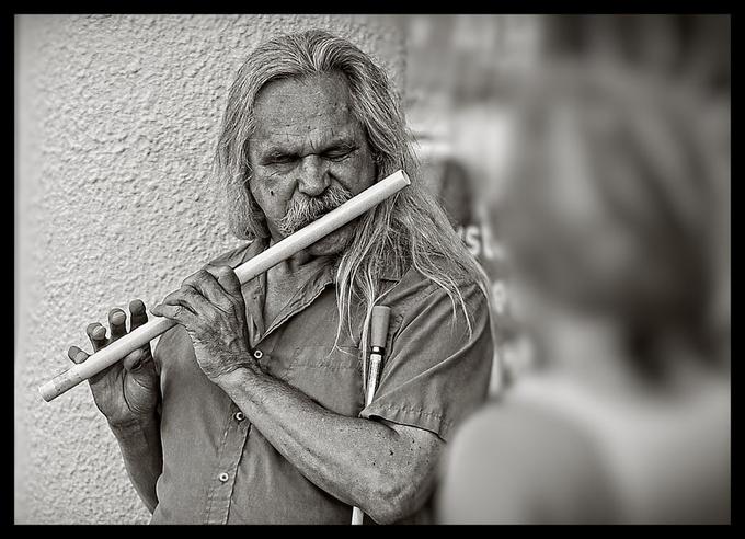 Blind musician V1