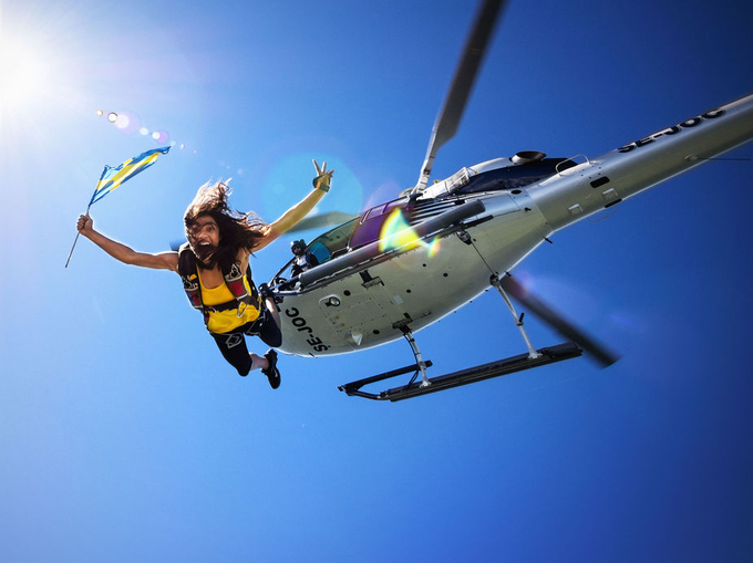 Helicopter jump by duelago - Flares 101 Photo Contest